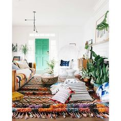 Bohemian living room - old brand new Bohemian Interior, Home Interior, Bohemian Decor, Interior Design, Modern Bohemian, Living Room Modern, My Living Room, Home And Living, Living Spaces
