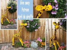 collage-Giraffe Crochet Hexagon Blanket, Granny Square Crochet Pattern, Crochet Granny, Crochet Motif, Crochet Flowers, Crochet Stitches, Free Crochet, Crochet Patterns, Vintage Roses