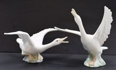 LLADRO Honking & Fight Retired Vintage Set of 2 White Porcelain Goose Figurines #Lladro