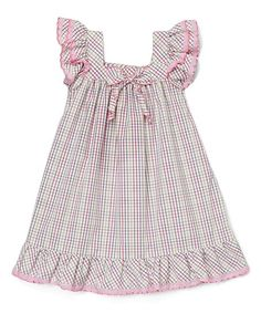 Whisper-soft cotton gives this angel-sleeve dress a comfortably lightweight feel, while the fastener-free silhouette gives sweeties lots of room to play.