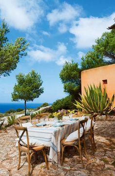 Summer house in Formentera via El Mueble