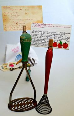 Be creative in your kitchen by repurposing old kitchen items. Not only will you save some money, you will also get to hold on to all your old kitchen items and the family memories they carry. Look at these clever ideas and let your imagination work! There is no reason to throw away all your vintage kitchen stuff.