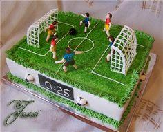 Торт футбол сколько стоит