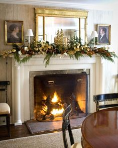 Interior designer Bunny Williams decorates her mantel with green and gold accents, which makes cozying up next to the fire even chicer. Last Minute Christmas Gifts, Handmade Christmas Gifts, Christmas And New Year, Magical Christmas, Christmas Mood, Christmas 2017, Country Christmas, Homemade Christmas, Beautiful Christmas