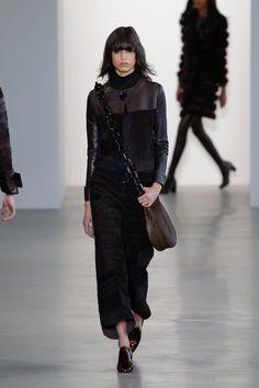 Coleção // Calvin Klein, Nova York, Inverno 2016 RTW // Foto 11 // Desfiles // FFW