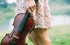 Violin is my favorite instrument.