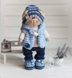 News Crochet Doll Pattern, Crochet Bunny, Crochet Toys Patterns, Cute Crochet, Stuffed Toys Patterns, Beautiful Crochet, Crochet Dolls, Knit Crochet, Crochet Hats