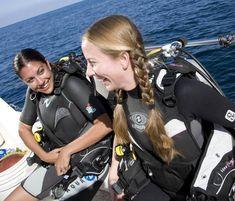 Dangerous Sports, Scuba Girl, Scuba Diving Gear, Womens Wetsuit, Girls Wear, Snorkeling, Underwater, Surfing, Swimming