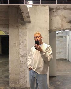 Fashion and streetwear inspiration Tyler The Creator, Hypebeast, Trendy Outfits, Fashion Outfits, Grunge Outfits, Sport Outfits, Fashion Trends, Kanye West, Mens Boots Fashion