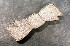 Rhinestone Sew on Brooch VINTAGE Large Bow Embellishment Adornment Sew On Brooch for Coats or Dresses Bow Buckle Trim Vintage (F33) by punksrus on Etsy