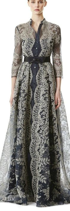 Carolina Herrera Pre-Fall 2015 Trunkshow Look 15 on Moda Operandi Awesome mother of the bride idea Carolina Herrera, Modest Fashion, Hijab Fashion, Fashion Show, Runway Fashion, Fashion Design, Lace Dress, Dress Up, Lace Maxi