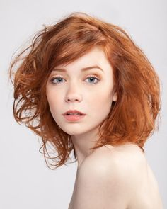 One of the biggest beauty challenges for redheads is the eyebrows because most…