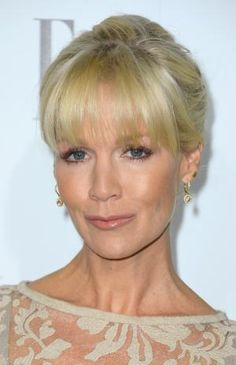 Blunt cut bangs are very trendy at the moment. See short, long and shoulder-length hairstyles featuring blunt bangs and find out how to get them.: Jennie Garth