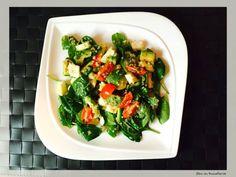 salata de quinoa cu avocado si mozzarella