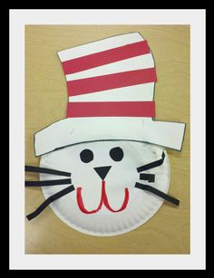 "Make a Dr. Seuss ""Cat in the Hat"" out of a paper plate ... includes instructions"