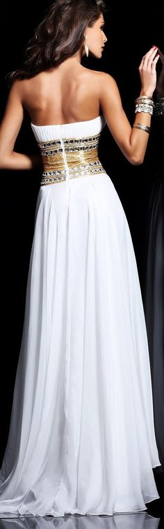 Sherri Hill couture 2013 ~ I absolutely love the back of this gown beautiful!