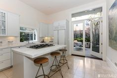 Remodeled Victorian in Pacific Heights $3,375,000.