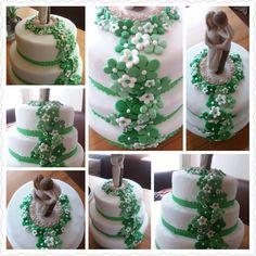 Diesmal wurde eine Hochzeitstorte in Grün/Weiß gewünscht.