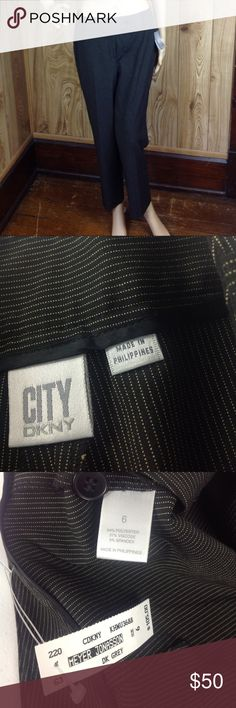City DKNY Stretch Dress Slacks 6 Black Tan Stripes The tag says these are dark gray but they look black in my opinion! NWT $105!!! Waist is 16 inches across Hips are 19 inches across Rise is 10 inches Inseam is 27 inches These pants are NOT lined. Dkny Pants Ankle & Cropped