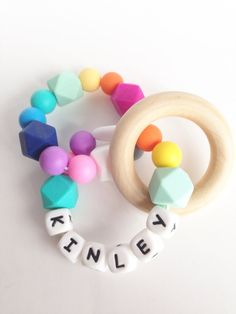 Personalized--Any name BPA free FDA Silicone Teething Ring Teething Bracelet Baby Teething Bracelet Chew Beads Wood Teether Teething Bracelet, Teething Jewelry, Teething Beads, Diy Teething Toys, Baby Teething, Rainy Day Crafts, Dummy Clips, Kids Gifts, Bead Crafts