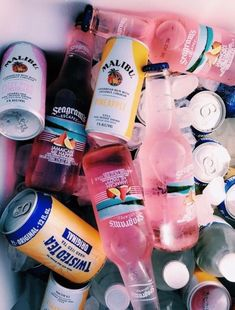 61 Ideas For Party Alcohol Drugs Life Bad Girl Aesthetic, Summer Aesthetic, Boho Aesthetic, Aesthetic Women, Summer Vibes, Summer Fun, Summer Beach, Summer Parties, Summer Nights