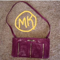 Pink Michael Kors small purse Authentic Pink leather Michael Kors purse with gold zippers, Never used and in absolutely perfect condition this beautiful Michael Kors Bags Shoulder Bags