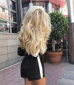 Hair Inspiration thick blonde hair Wireless Security Camera: For Dick Tracy And Every Tom, Dick, And Thick Blonde Hair, Blonde Hair Shades, Blonde Hair Looks, Brunette Hair, Blonde Hair Outfits, Caramel Blonde Hair, Blonde Updo, Honey Blonde Hair, Blonde Hair Girl