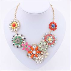 2013 Fashion Stunning Color resin and Crystal Flower Statement Necklace