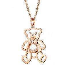 Chopard Pendentif - Happy Diamonds En orrouge 18 carats, le pendentif Chopard Happy Diamonds est sublimé par un sertissage en diamants blancs ainsi que par trois Happy Diam...