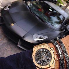 Black Lamborghini x Audemars Piguet royal Oak... Dream Combination!