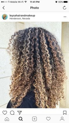 Curly Hair Tips, Curly Hair Care, Curly Girl, Curly Hair Styles, Natural Hair Styles, Natural Curls, Natural Beauty, Blonde Highlights Curly Hair, Dyed Blonde Hair