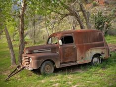 Abandoned #Truck in the woods. #Classic #Beauty #RustinPeace