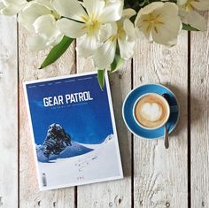 Good morning Monday! Hello Gear Patrol – Issue 1. This biannual magazine by the blog Gear Patrol is a wonderful mixture of a travel magazine and a selection of outstanding gadgets. We consider to stock it in the future. What do you think?