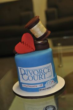 Clever divorce cake! @Melissa Squires Doherty new trend?