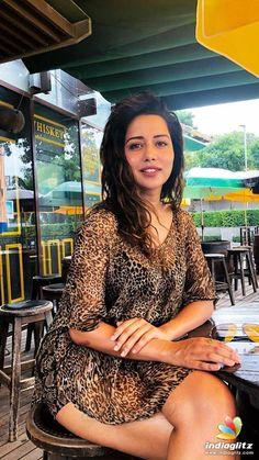 Raiza Wilson Raiza Wilson, Bhavana Actress, Tamil Actress Photos, Telugu Cinema, Telugu Movies, New Model, Bollywood Actress, Indian Fashion, Hollywood