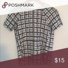 H&M Line Shirt w/Keyhole Back H&M Line Shirt w/Keyhole Back Tops