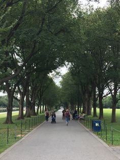 National Mall (Washington DC) - A two-mile open space stretching from the Lincoln Memorial to the US Capitol. The Mall is lined with and contains many memorials, monuments, the reflecting pool, and other sites to see - All You Need to Know Before You Go (with Photos) - TripAdvisor