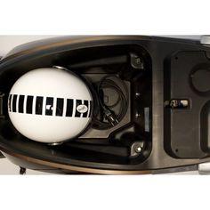 Coffre de selle spacieux du nouveau scooter électrique 2014 : l'Artelec 670.