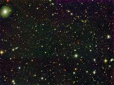 Uma das imagens do espaço profundo captadas pelo projeto Alhambra
