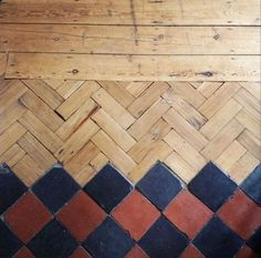 parquet-chevrons-carrelage, love this floor Floor Patterns, Textures Patterns, Parquet Tiles, Wood Tiles, Cement Tiles, Reclaimed Parquet Flooring, Modern Flooring, Tile Flooring, Flooring Ideas