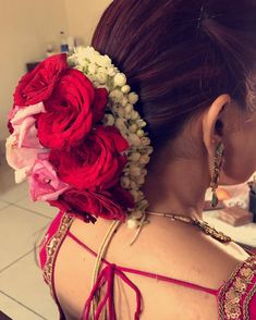 Flowers Crown Hairstyle Bun New Ideas Bridal Hairstyle Indian Wedding, Bridal Hair Buns, Bridal Hairdo, Indian Wedding Hairstyles, Ethnic Hairstyles, Crown Hairstyles, Bride Hairstyles, Hairstyles Haircuts, Flower Hairstyles