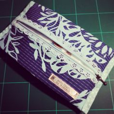 Travel tissue pouch - alanna sets