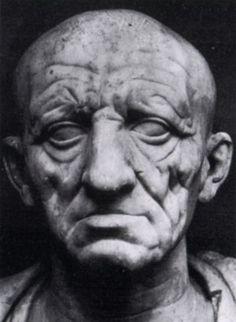 Ritratto di un Patrizio Romano  I sec. a.C. busto in marmo scolpito a tutto tondo Museo Torlonia in Roma
