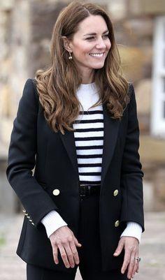 Kate Middleton Outfits, Princess Kate Middleton, Kate Middleton Prince William, Kate Middleton Style, Duke And Duchess, Duchess Of Cambridge, Diana Williams, Royal Engagement, Herzog
