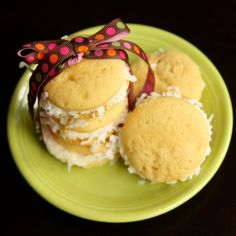 Vanilla CoconutWhoopies via @Laurie Shawver #sweetlittledetails.wordpress.com