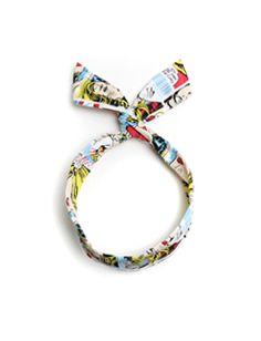 Today's Hot Pick :スカーフ風ワイヤーヘアバンド【BLUEPOPS】 http://fashionstylep.com/SFSELFAA0005848/bluepopsjp/out レトロ柄プリントがユニークなワイヤーヘアバンドです。 スカーフ風のデザインがポイント☆ ワイヤーでツイストさせたリボンモチーフがオシャレ♪ お好みによって色々な形に調節可能!! ◆2色: ホワイト