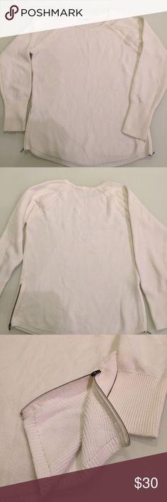 Athleta cream sweater Very good condition / zippers on the side / 60% cotton / 40% polyester Athleta Sweaters Crew & Scoop Necks
