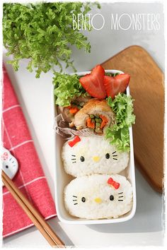 Hello Kitty Sandwich and Rice Roll