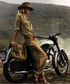 "Photo ""40918"" in the album ""classy lassies + bikes"" by HINK"