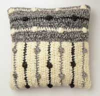 Sweater-Style Pillows  This would be really cute on my window bench!